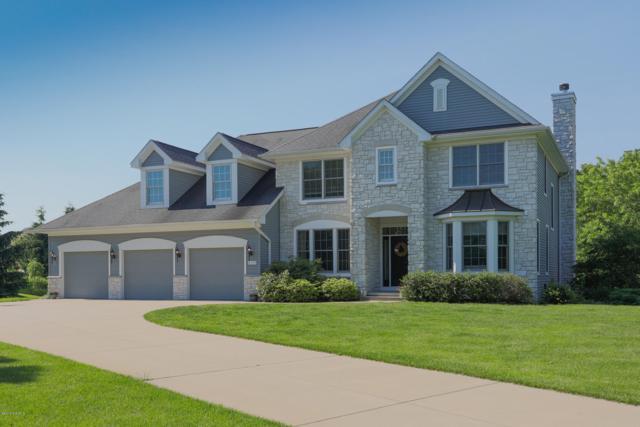 8399 Parkstone Terrace, Mattawan, MI 49071 (MLS #19027489) :: Matt Mulder Home Selling Team