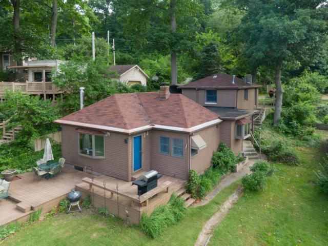 58514 E Clear Lake Road, Three Rivers, MI 49093 (MLS #19028393) :: Matt Mulder Home Selling Team