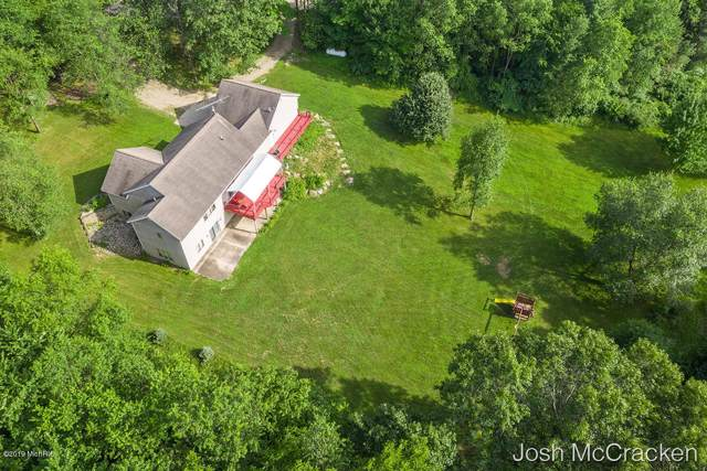 10414 Marble Creek Drive, Lowell, MI 49331 (MLS #19031364) :: JH Realty Partners