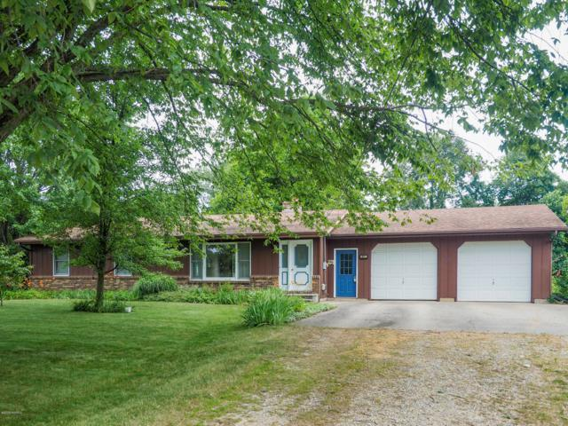 3017 Rose Drive, Allegan, MI 49010 (MLS #19032665) :: Deb Stevenson Group - Greenridge Realty