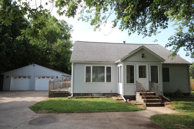 2144 E Vw Avenue, Vicksburg, MI 49097 (MLS #19032669) :: Matt Mulder Home Selling Team