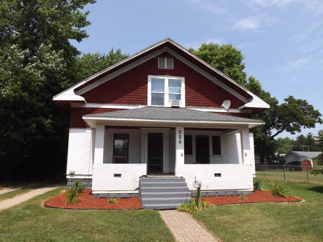 208 W Sherwood Street, Decatur, MI 49045 (MLS #19035810) :: Deb Stevenson Group - Greenridge Realty
