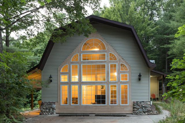 4200 Obenauf Road, Twin Lake, MI 49457 (MLS #19036001) :: JH Realty Partners