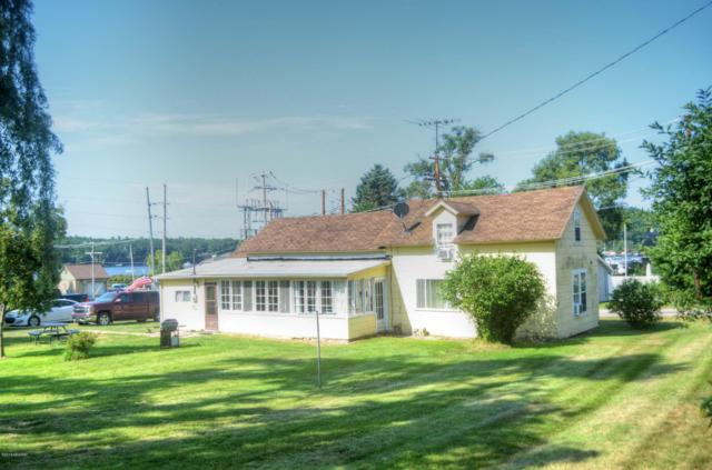 361 6th Street, Pentwater, MI 49449 (MLS #19037606) :: Deb Stevenson Group - Greenridge Realty
