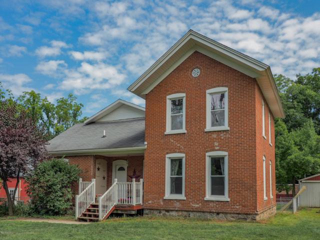 1171 Huber Street, Allegan, MI 49010 (MLS #19038465) :: Deb Stevenson Group - Greenridge Realty