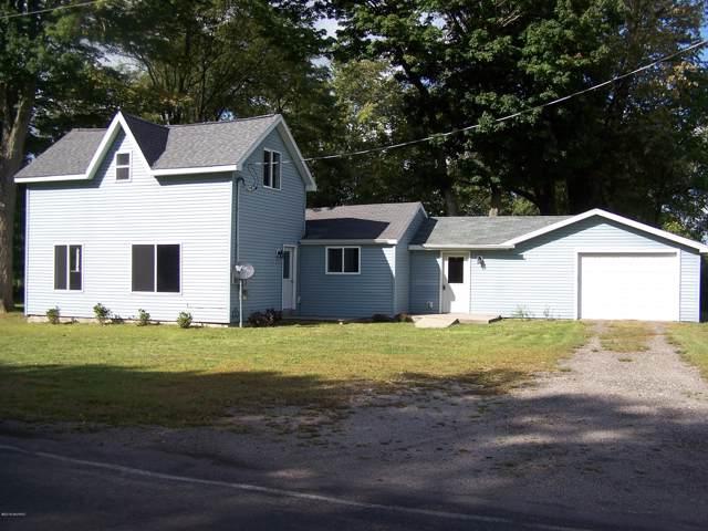 100 W Union City Road, Union City, MI 49094 (MLS #19040813) :: Deb Stevenson Group - Greenridge Realty