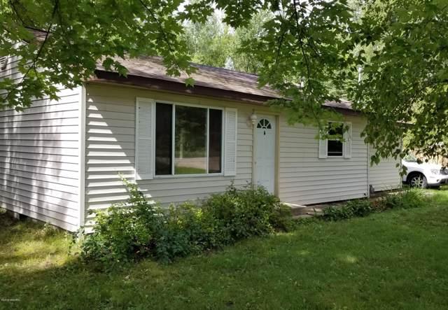 18983 174th Avenue, Spring Lake, MI 49456 (MLS #19042556) :: CENTURY 21 C. Howard