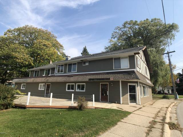 5122 Main, Onekama, MI 49675 (MLS #19043033) :: Deb Stevenson Group - Greenridge Realty