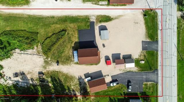 2900 W M-134 Hwy, Hessel, MI 49745 (MLS #19043429) :: Deb Stevenson Group - Greenridge Realty
