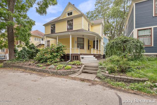 213 Antisdel Place NE, Grand Rapids, MI 49503 (MLS #19044626) :: JH Realty Partners