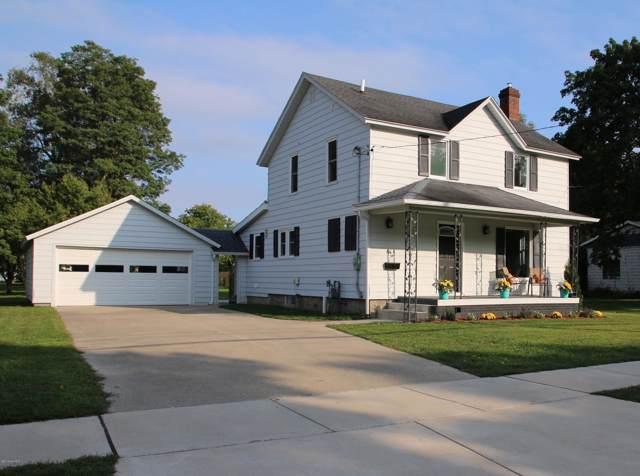 611 S Farmer, Otsego, MI 49078 (MLS #19045003) :: Matt Mulder Home Selling Team