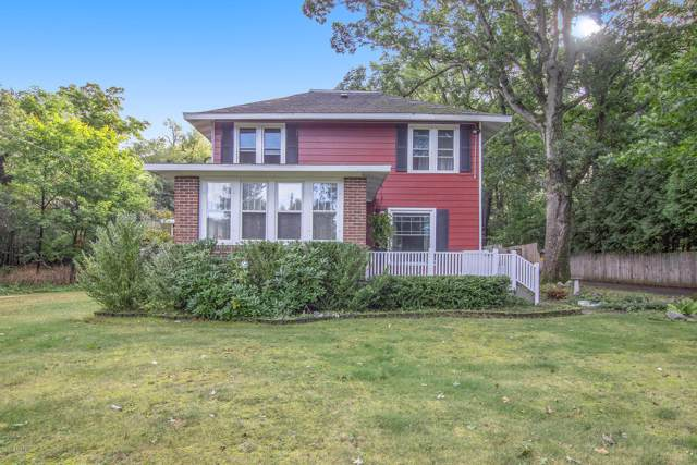 1328 N Washington Avenue, Ludington, MI 49431 (MLS #19046805) :: JH Realty Partners