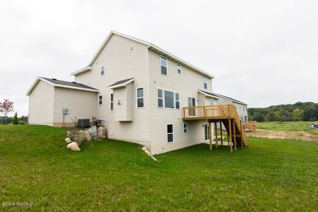 8568 Snowy Plover Road, Caledonia, MI 49316 (MLS #19048263) :: Matt Mulder Home Selling Team