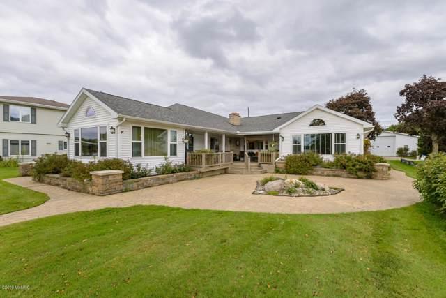512 E Shore Drive, Battle Creek, MI 49017 (MLS #19048405) :: Matt Mulder Home Selling Team