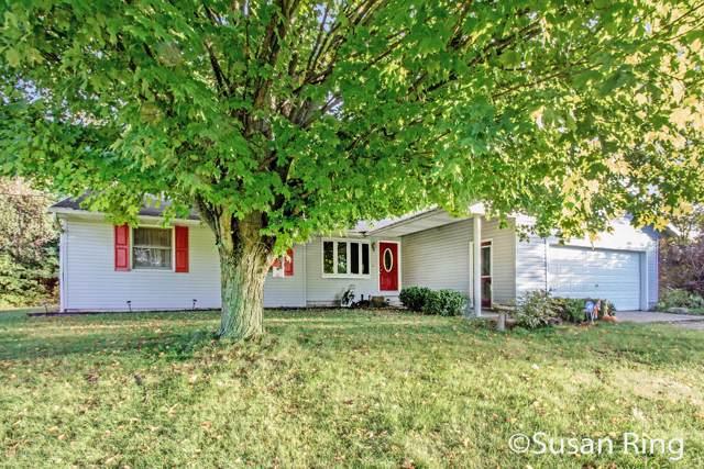 4201 Indian Lakes Road NE, Cedar Springs, MI 49319 (MLS #19048984) :: JH Realty Partners