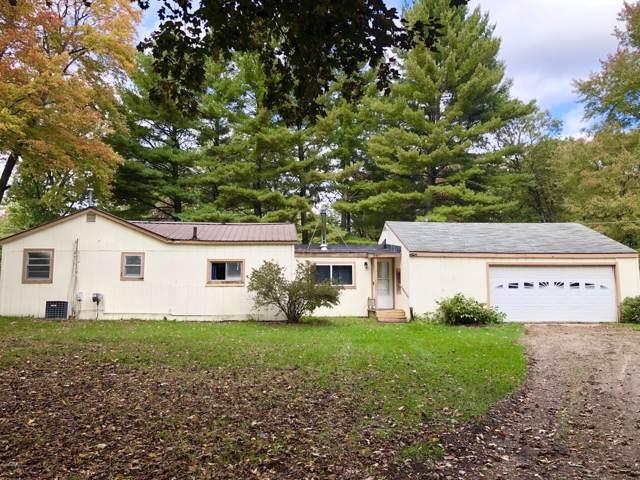 10690 Round Lake Drive, Mecosta, MI 49332 (MLS #19050968) :: Deb Stevenson Group - Greenridge Realty