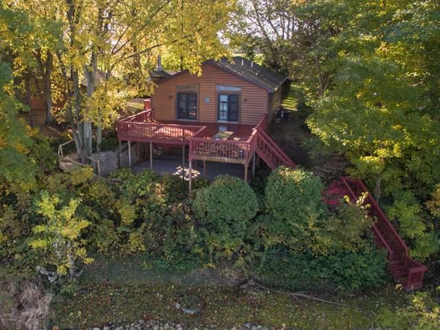 24460 Prairie Corners Road, Mendon, MI 49072 (MLS #19051225) :: Deb Stevenson Group - Greenridge Realty