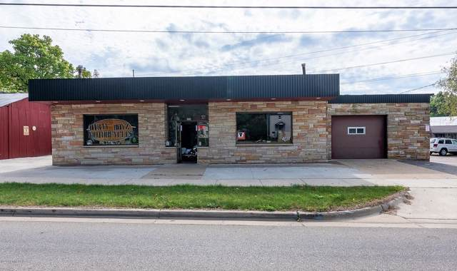 934 E Bridge Street, Plainwell, MI 49080 (MLS #19051513) :: Matt Mulder Home Selling Team