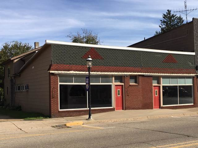 108 N Paw Paw Street, Lawrence, MI 49064 (MLS #19051847) :: Deb Stevenson Group - Greenridge Realty