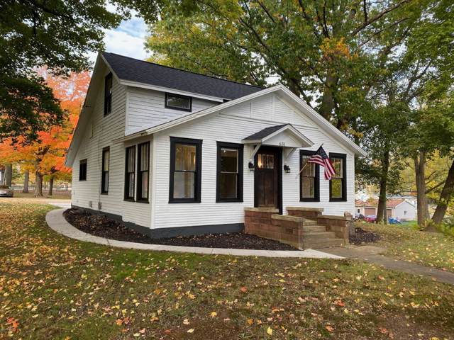 631 Clinton Street, Marshall, MI 49068 (MLS #19052041) :: Deb Stevenson Group - Greenridge Realty