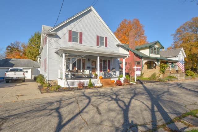 109 N Parkview, Marshall, MI 49068 (MLS #19052059) :: Deb Stevenson Group - Greenridge Realty