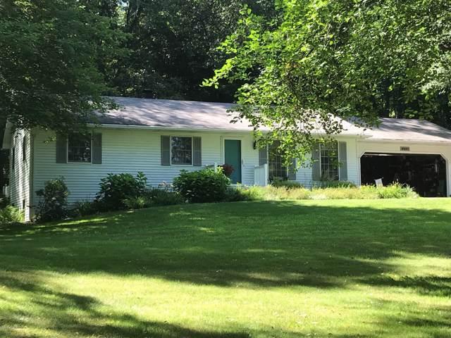 6237 N 37th Street, Richland, MI 49083 (MLS #19053371) :: Deb Stevenson Group - Greenridge Realty