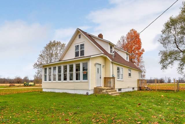 2145 112th Avenue, Otsego, MI 49078 (MLS #19054426) :: Matt Mulder Home Selling Team