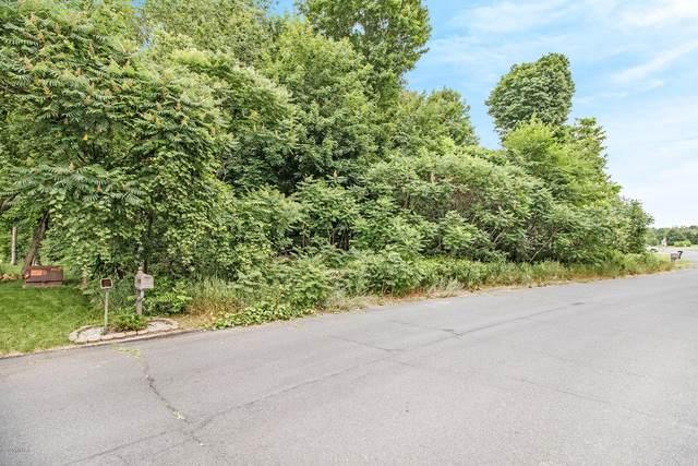 6158 Deer Run Road, Schoolcraft, MI 49087 (MLS #20003055) :: Deb Stevenson Group - Greenridge Realty