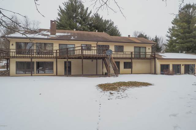 11667 Curtis Road, Bellevue, MI 49021 (MLS #20005984) :: Deb Stevenson Group - Greenridge Realty