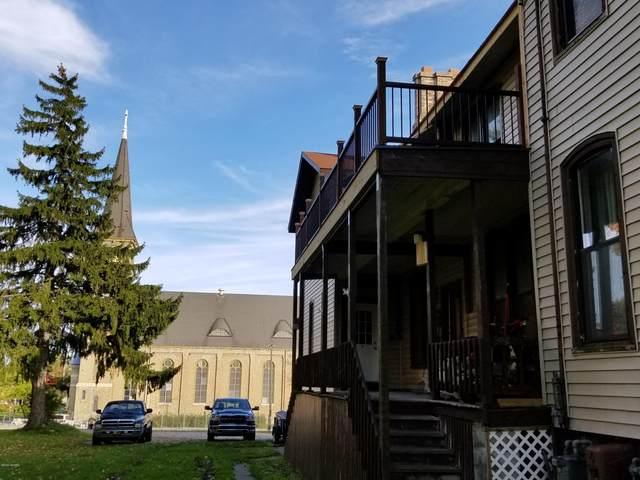 515 Maple Street, Manistee, MI 49660 (MLS #20011200) :: Deb Stevenson Group - Greenridge Realty