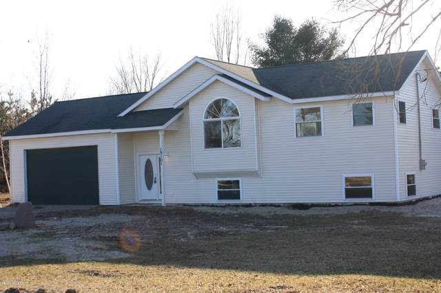 19101 35th Avenue, Barryton, MI 49305 (MLS #20011412) :: JH Realty Partners