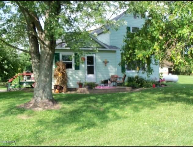 3150 W Cloverdale Road, Delton, MI 49046 (MLS #20011638) :: CENTURY 21 C. Howard