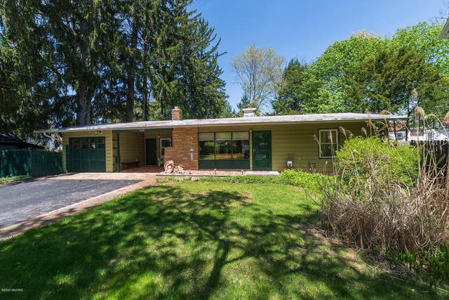 1526 Evergreen Drive, Kalamazoo, MI 49008 (MLS #20015710) :: Jennifer Lane-Alwan