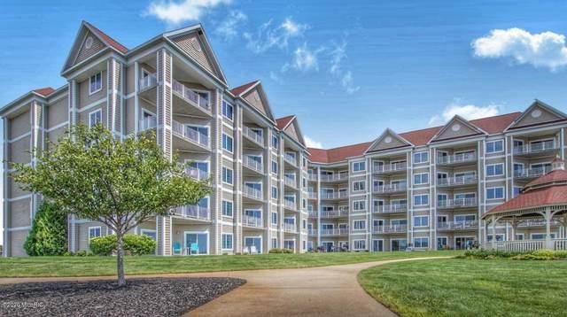 238 Lakeside Drive #238, Ludington, MI 49431 (MLS #20016896) :: Deb Stevenson Group - Greenridge Realty