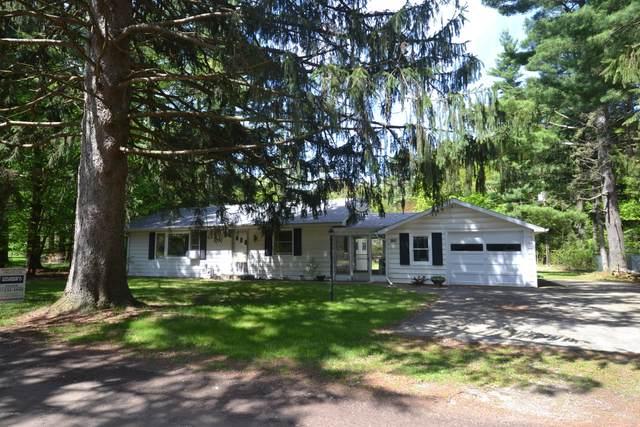 12318 Spruce Street, Sawyer, MI 49125 (MLS #20017514) :: CENTURY 21 C. Howard