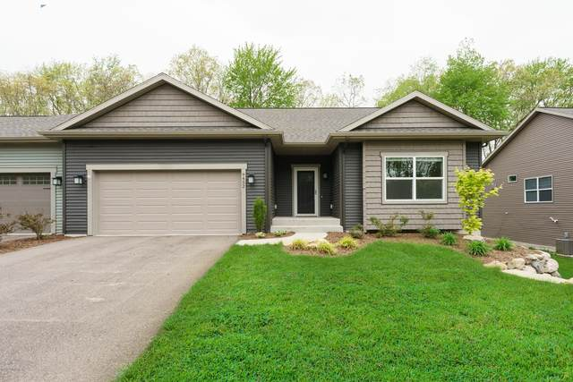 9452 Sassafras Trail, Portage, MI 49002 (MLS #20018505) :: Keller Williams Realty | Kalamazoo Market Center