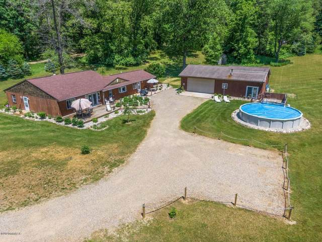 7735 Bendere Road, Hickory Corners, MI 49060 (MLS #20022448) :: JH Realty Partners