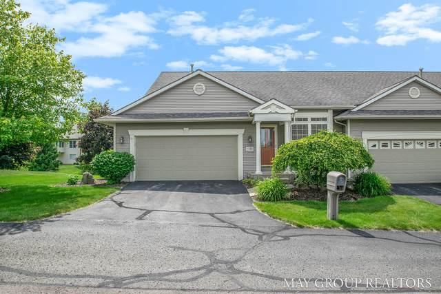 1183 Kensington Street NW, Grand Rapids, MI 49534 (MLS #20023565) :: Jennifer Lane-Alwan