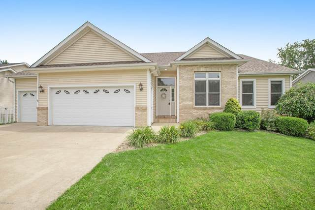 10925 Country Grove Circle, Portage, MI 49024 (MLS #20030126) :: Jennifer Lane-Alwan