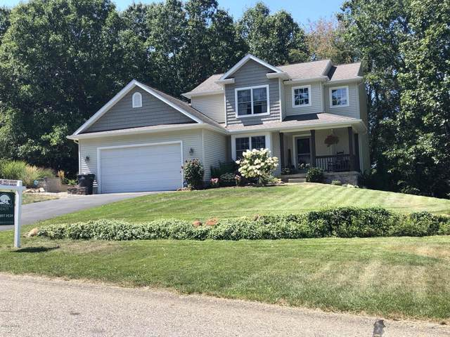 4092 Amazon Drive, Lowell, MI 49331 (MLS #20034126) :: Deb Stevenson Group - Greenridge Realty