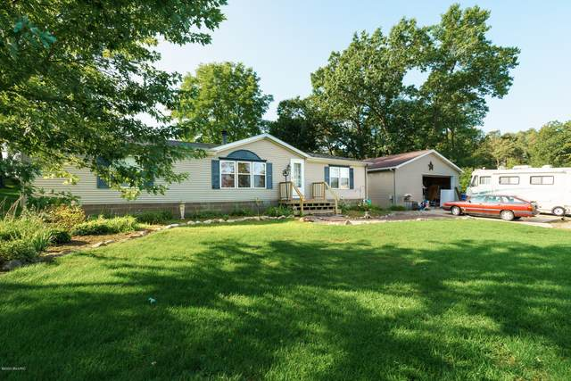 7091 Shoreline Drive, Delton, MI 49046 (MLS #20034732) :: JH Realty Partners