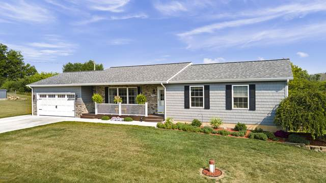 1555 W 120th St, Grant, MI 49327 (MLS #20035792) :: Ginger Baxter Group