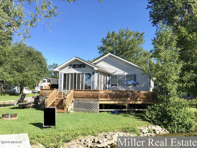 946 Williams Drive, Hastings, MI 49058 (MLS #20036739) :: Ginger Baxter Group
