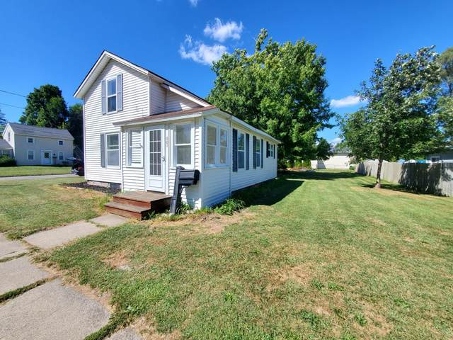 601 E Grand Street, Hastings, MI 49058 (MLS #20036995) :: JH Realty Partners