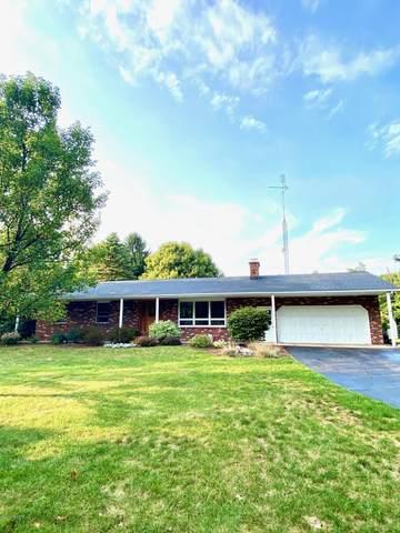 1595 Maple Lane, Benton Harbor, MI 49022 (MLS #20037220) :: Ginger Baxter Group