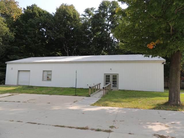 6990 114th Avenue, Fennville, MI 49408 (MLS #20040548) :: JH Realty Partners