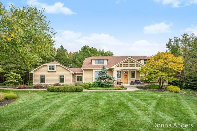 2792 Sturbridge Drive SE, Ada, MI 49301 (MLS #20041086) :: Ginger Baxter Group