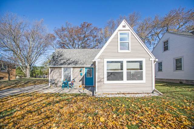 1025 Colfax Avenue, Grand Haven, MI 49417 (MLS #20046895) :: Keller Williams RiverTown