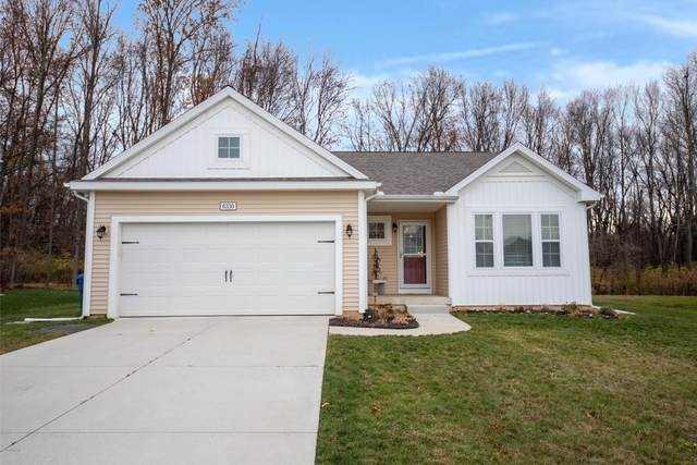 6330 Wood Hollow Drive, Kalamazoo, MI 49009 (MLS #20049171) :: Keller Williams Realty | Kalamazoo Market Center