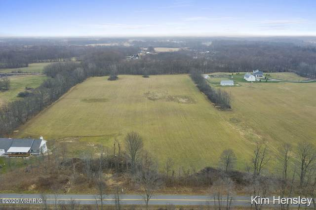 2150 Mccabe Avenue NE, Ada, MI 49301 (MLS #20050350) :: JH Realty Partners